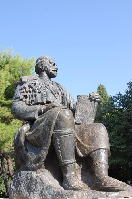 njegošev spomenik v cetinju